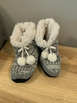 £0.72 • Buy Grey Slipper Boots With White Fluff (Womens S/M)