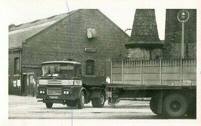 £0.35 • Buy Guy Lorry On A Photo Photograph Of An Artic Vintage Truck On A Picture Wkf663j.