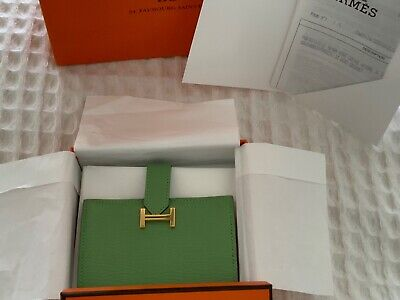 AU1700 • Buy Authentic Hermes Mini Bearn Wallet Vert Criquet With Gold Hardware - Full Set