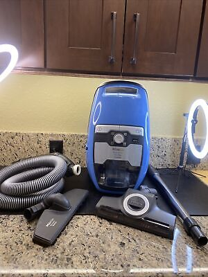 $475 • Buy Miele Blizzard CX1 Turbo Team Majestic Blue Bagless Canister Vacuum