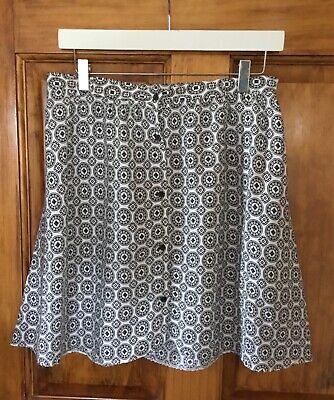 £4 • Buy Ladies A Line Short Skirt Size 10 Black And White Summer Holiday Beach