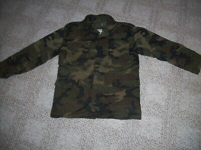 $30 • Buy Vintage Camo  U.s. Army Cold Weather M 65 Field Jacket With Liner Size Medium