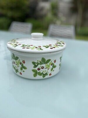 £3.20 • Buy Portmerion Strawberry Fair Casserole Bowl With Lid