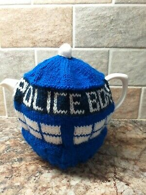 £6 • Buy Hand Knitted Tea Cosy, Police Box,  Tardis. Medium Teapot 2 - 3 Cup Size. New.