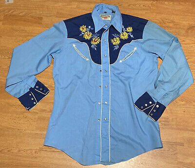 $45 • Buy Vintage Pearl Snap Embroidered Blue 2 Tone Country Western Shirt M DISTRESSED