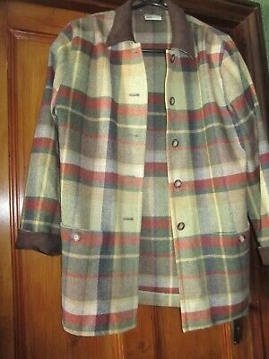 £15 • Buy Hucke Ladies Jacket/shirt   (worn Once).  On The Side Of Large