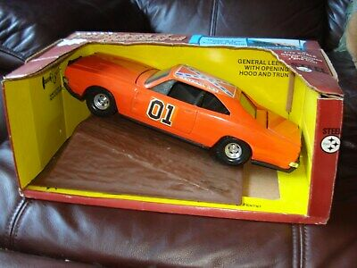 £349.99 • Buy Ertl Dukes Of Hazzard General Lee & Jumping Ramp Dodge Charger 1:16--ATTIC FIND-