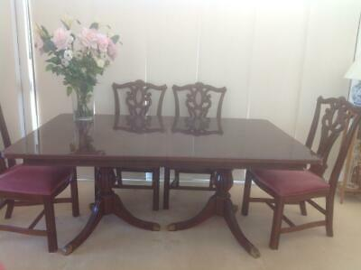 AU299 • Buy Extendable Solid Wood Dining Table With 6 Antique Looking Cushion Chairs Set
