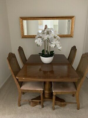 AU400 • Buy Extendable Wooden Dining Table (Including Leaves) Plus 4 Wicker Dining Chairs