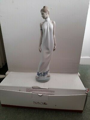 £5.50 • Buy Nao Elegance Porcelain Figurine 31 Cms/ 12 Inches Tall