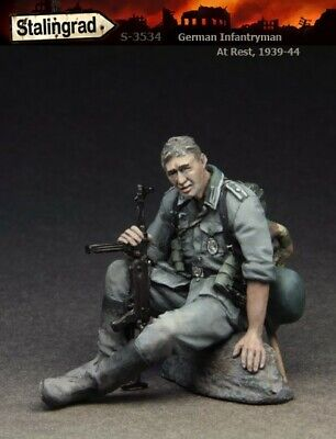 £3.95 • Buy UK Shipping 1:35 Scale Unpainted Resin Figure German Infantry Soldier At Rest 2