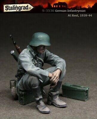 £3.95 • Buy UK Shipping 1:35 Scale Unpainted Resin Figure German Infantry Soldier At Rest 6