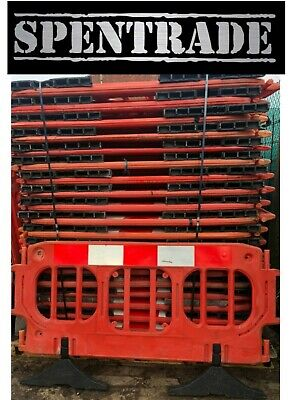 £840 • Buy ROAD BARRIERS 40 X TRAFFIC MANAGEMENT CHAPTER 8 PEDESTRIAN PLASTIC SAFETY £17.50