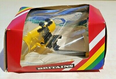 £15 • Buy BRITAINS 9531 SNOW PLOUGH For TRACTORS BOXED
