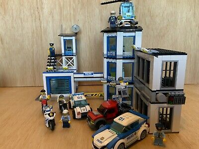 £45 • Buy Lego Police Station 60141 With Bike High Speed Chase 60042