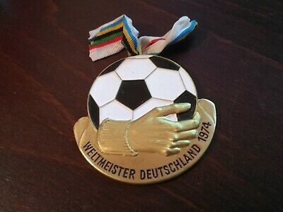 £13 • Buy RARE MEDAL - WORLD CUP 1974 IN GERMANY Weltmeister Deutschland - VERSION 1