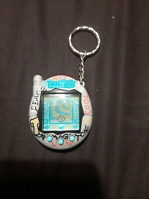 $ CDN70.50 • Buy 2004 Bandai Wiz Tamagotchi Connection Tested Works  Hot, Peace, Love, Cool