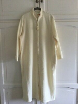 £12 • Buy Ladies Cream Dressing Gown With Labels By Marks & Spencer Size16 To 18.