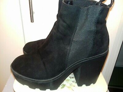 £10 • Buy River Island Sz 39/uk 6 Black Suede Cleated Platform Ankle Boots. Pull On Style