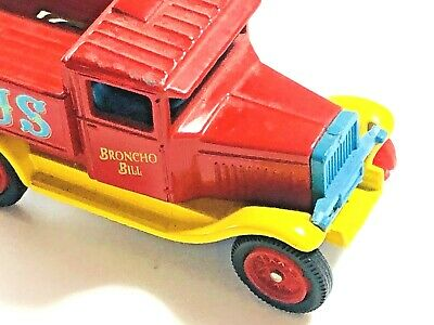£7.98 • Buy OXFORD DIECAST 1:76,  Chipperfields Circus  FORD Broncho Bill VAN Vintage