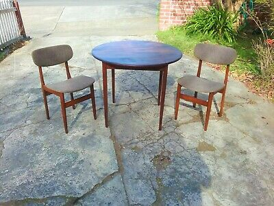 AU320 • Buy Mid Century Modern Dining Chairs X 2 With Round Dining Table