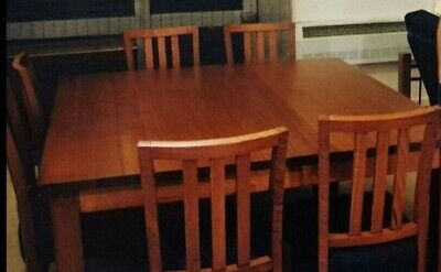AU600 • Buy Dining Table Solid Timber West Australian Jarrah With 8 Matching Chairs As New