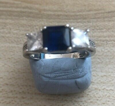 £7 • Buy Sterling Silver Princess Cut Blue And White CZ Ring