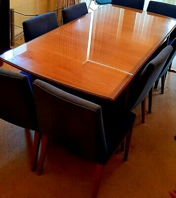 £39 • Buy Dinning Table And 8 Chairs Collection Only