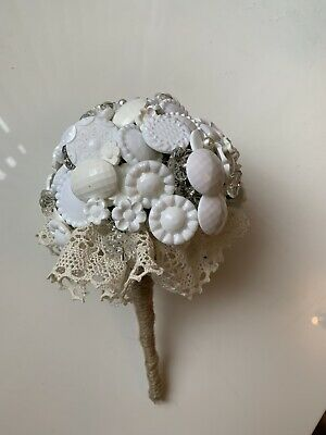 £18 • Buy Button Bouquet White/ivory, Pearls Crystals