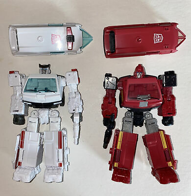 £218.22 • Buy Transformers Earthrise War For Cybertron RATCHET & IRONHIDE Complete Deluxe Wfc