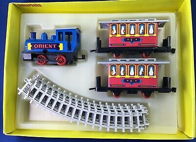 £24.99 • Buy Orient Clockwork, Tinplate And Plastic Train Set With Round Track