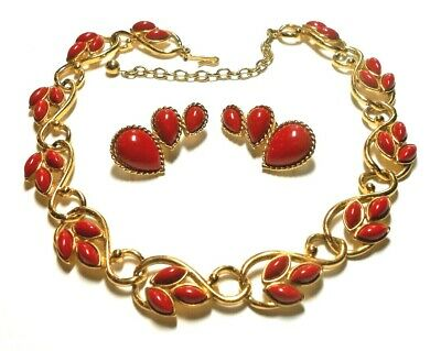 £9.08 • Buy Trifari Gold Tone Red Cabochon Navette Necklace & Pear Cab Earring Set C. 80