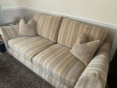 £550 • Buy Parker Knoll Burghley Sofas (pair)
