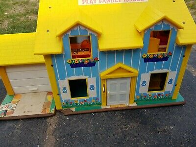 £10 • Buy Vintage 1970's Fisher Price Play Family House Toy