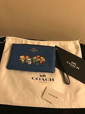 £100 • Buy Coach Peanuts Snoopy Wristlet Blue / Pouch Bag New Rare Limited Edition