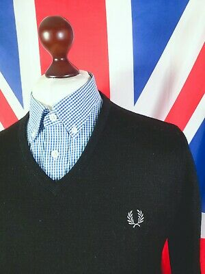 £20 • Buy Fred Perry Knitted V-neck Jumper - L - Black - Mod Casuals 60's