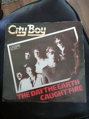 £1.99 • Buy City Boy - The Day The Earth Caught Fire - 7  Vinyl Single Record