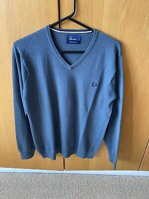 £8 • Buy Fred Perry V Neck Jumper In Blue Size M Merino Wool