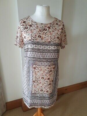 AU1.82 • Buy Ladies Size 14 Pretty Short Sleeve Dress From New Look