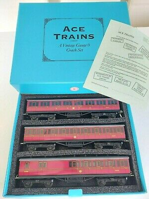 £245 • Buy O Gauge - ACE TRAINS  B.R. C1 Passenger Coach Set - Boxed With Paperwork