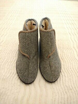 £3 • Buy  Wool  Boot Slippers Size 5