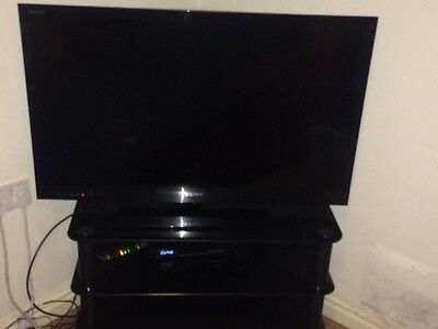 £550 • Buy LCD 42-inch SONY HD TV Good Quality All Black With TROLLY!!!