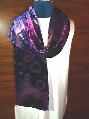 £14.99 • Buy Velvet Devore Scarf Double Thickness  Shades Of Purple And Pink On Black   NEW