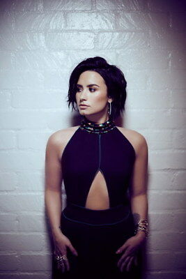 005 Demi Lovato - USA Singer Actress 14 X21  Poster • 4.49£