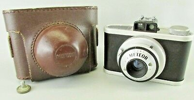 $ CDN45.27 • Buy VINTAGE UNIVERSAL METEOR CAMERA WITH Original CASE 1949