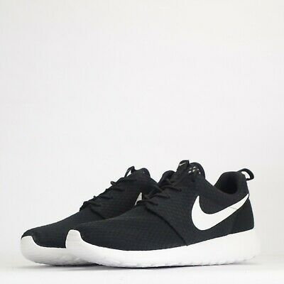 reputable site 113b6 baf54 Nike Roshe Run Fresco Hombre Zapatillas Negras   Blanco Impar Par • 76.45€