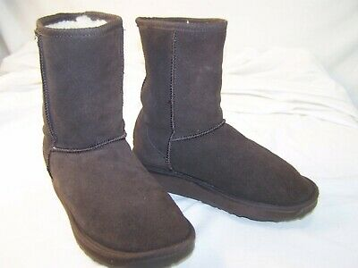 $60 • Buy Women's EMU Australia Wool Lined Suede Stinger Lo Boots Chocolate 5.5 W-F5/M-H4