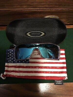 3c29a0f573 Oakley Batwolf Oo9101 910107 Sunglasses Clear With Ice Iridium Polarized  Lenses • 50.00