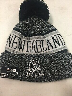 bcb74246bfb2a4 New England Patriots New Era Knit Hat On Field 2017 Sideline Beanie NWT •  18.99$