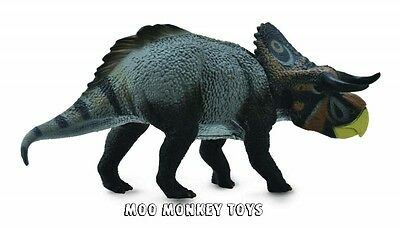 Realistic Dino Toy Figurine NWT Collect A Triceratops Baby Dinosaur #88199